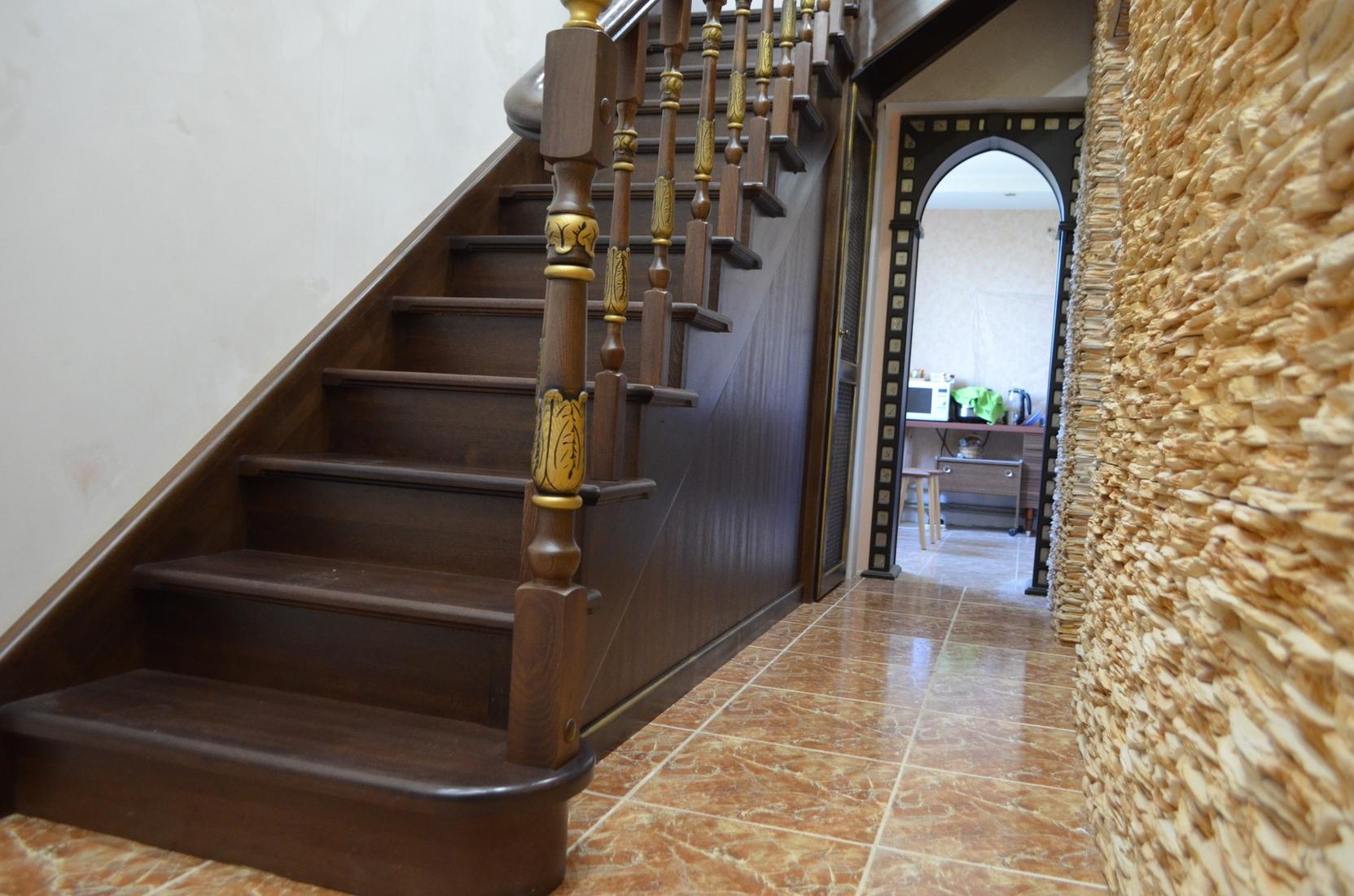 Изготовление лестниц в Севастополе под ключ